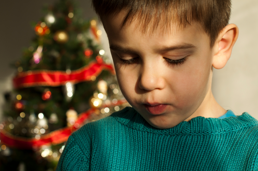 child sad christmas